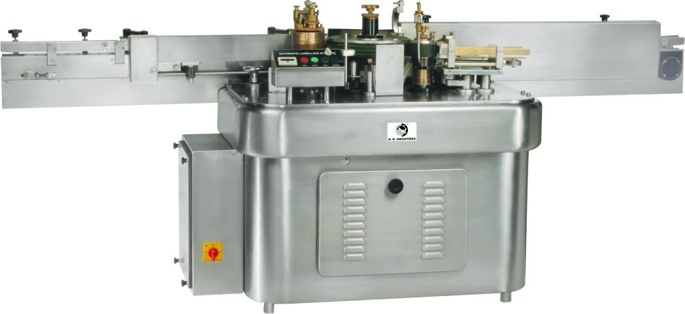 Manufacturer of High Speed Wet Glue Labeling Machine.